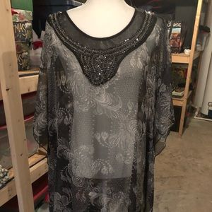 🖤Soft Surroundings top or coverlet🖤